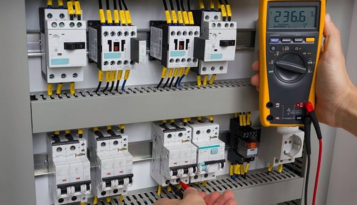 Paul Hunt - Electrical Installations - Commercial and Industrial